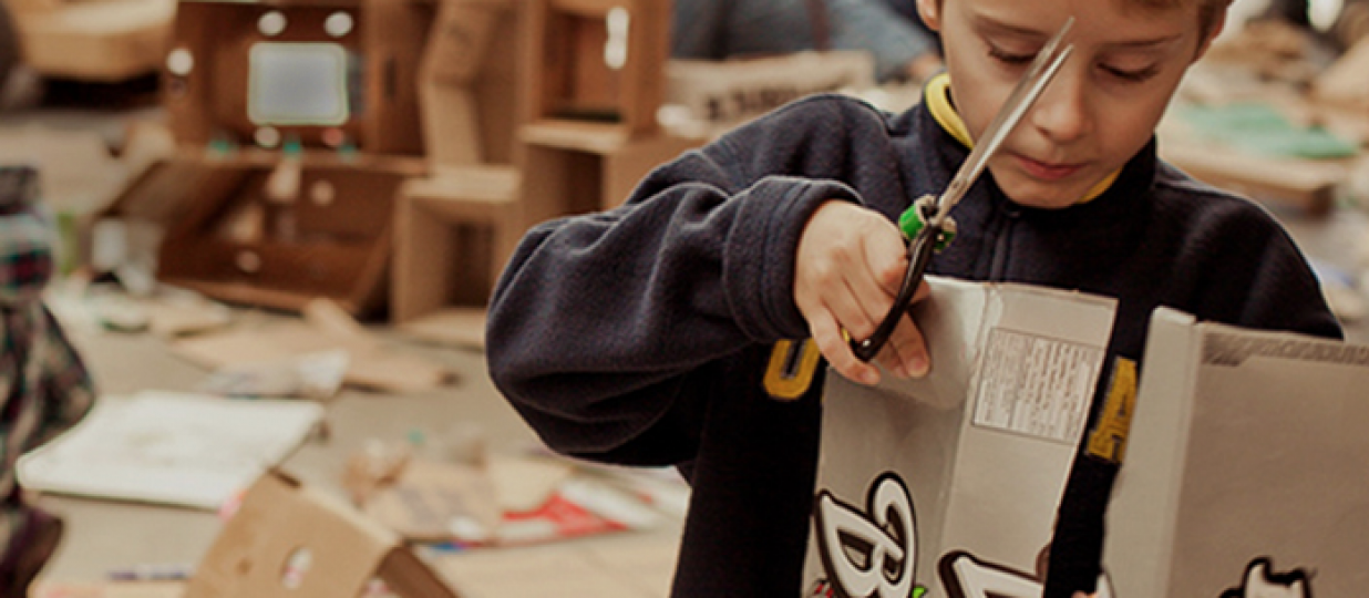 The global cardboard challenge – just build it!